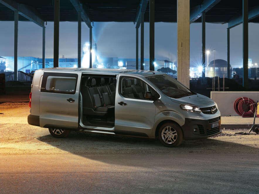 Opel, Vivaro, зовнішній вигляд, відсувні двері